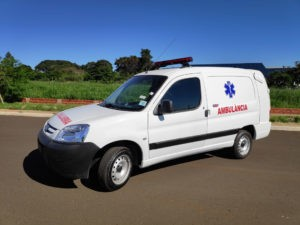 transformação Peugeot Boxer Ambulância
